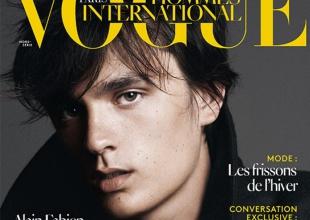 El hijo de Alain Delon, cotizado modelo