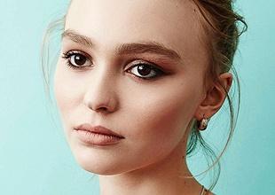 Chanel Nº 5 se quita las telarañas con Lily-Rose Depp como imagen