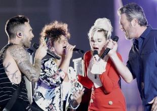 Miley Cyrus, Alicia Keys, Adam Levine y Blake Shelton cantan juntos