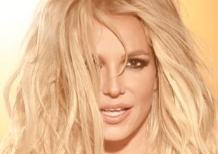 A Britney le juega una muy mala pasada su vestuario