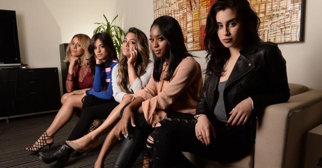Nos colamos en el backstage de Fifth Harmony
