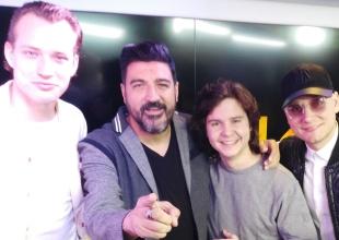 Lukas Graham se sinceran con Tony Aguilar