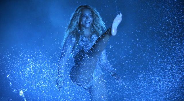 A todos estos artistas les encanta mojarse