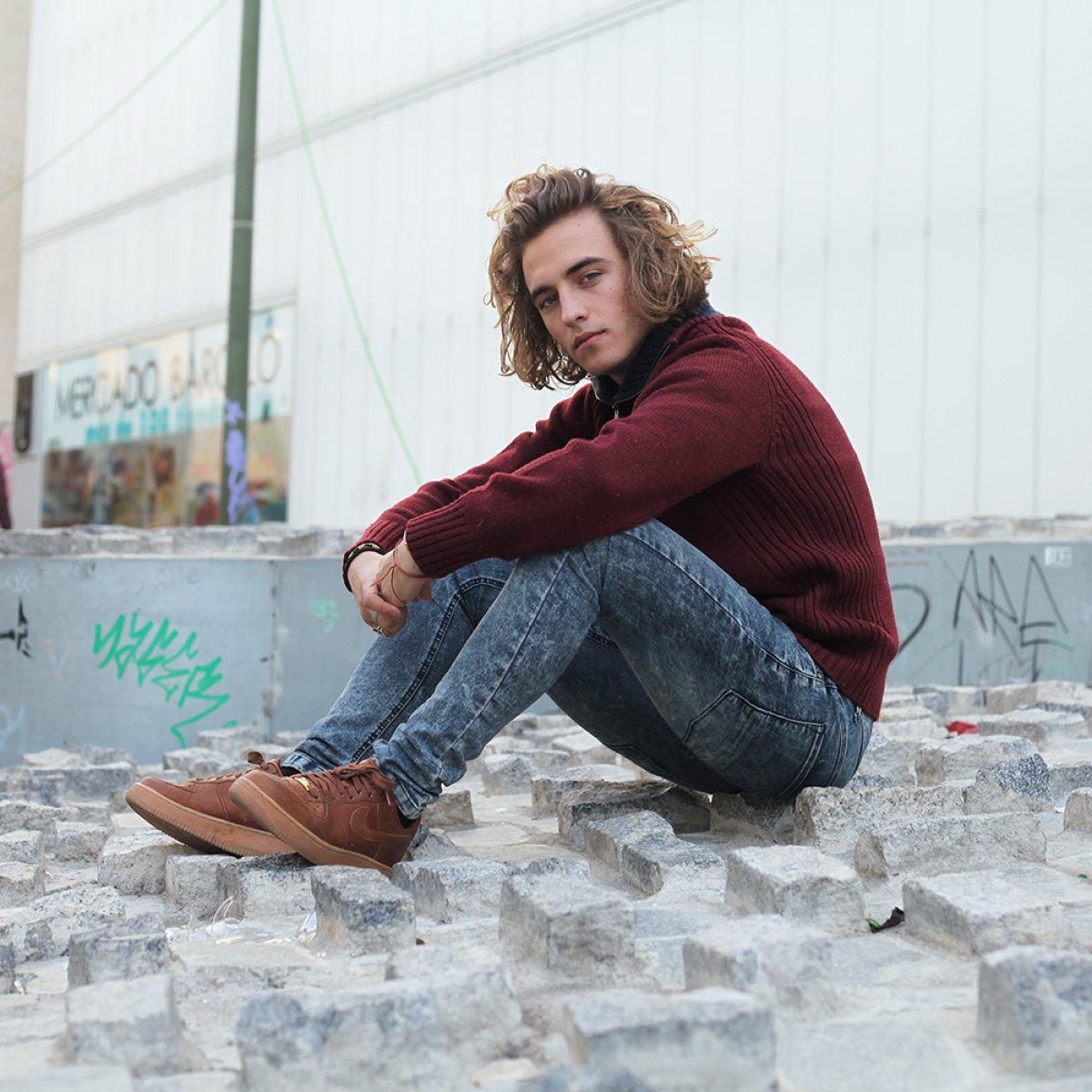Descubre a Manel Navarro a través de sus mejores fotos