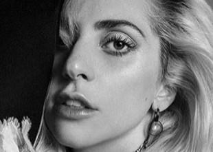 Lady Gaga quiere hacer algo muy loco en la Super Bowl y su equipo está muy preocupado