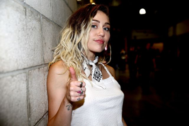 ¡Miley Cyrus, Charlie Puth, Taburete, Imagine Dragons y Juan Magán, candidatos!