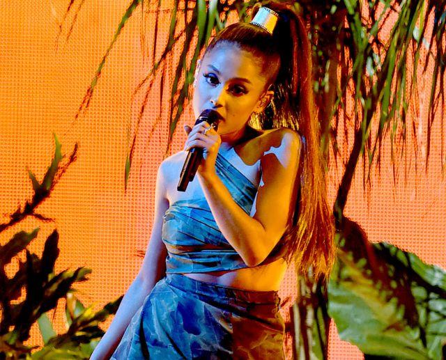 La solista cancela sus shows hasta el 5 de junio