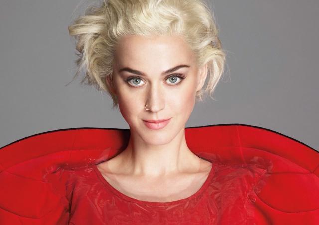 Se convierte en la artista mejor pagada del mundo como jueza de un talent show