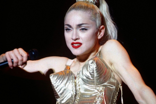 Sharon Stone contesta a Madonna tras llamarle mediocre