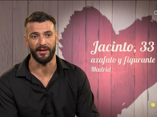 Stranger Things: así es Jacinto, de heterosexual en 'Mujeres y hombres', a gay en 'First Dates'