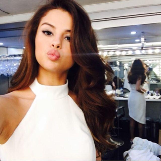 Conmovida, Selena habla sobre la persona que salvó su vida