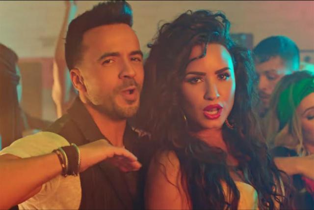 Demi Lovato soltera y dispuesta a todo