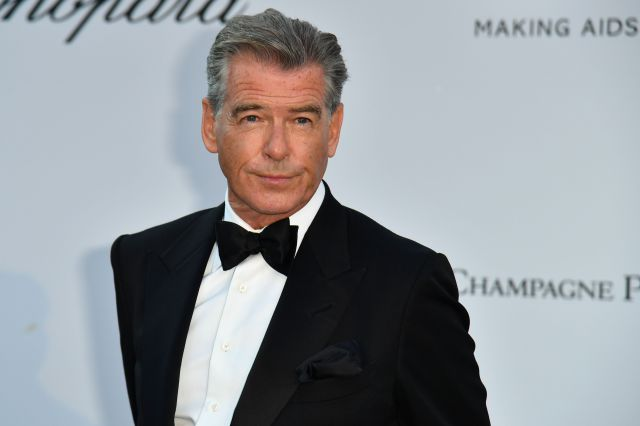 Pierce Brosnan se moja y opina sobre el próximo James Bond