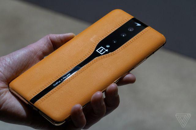 Presentó OnePlus celular con cámaras invisibles