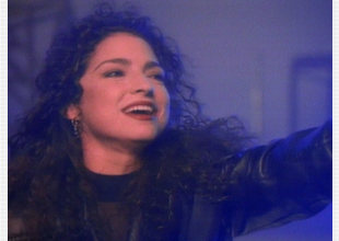 Gloria Estefan - Coming out of the dark [1991]