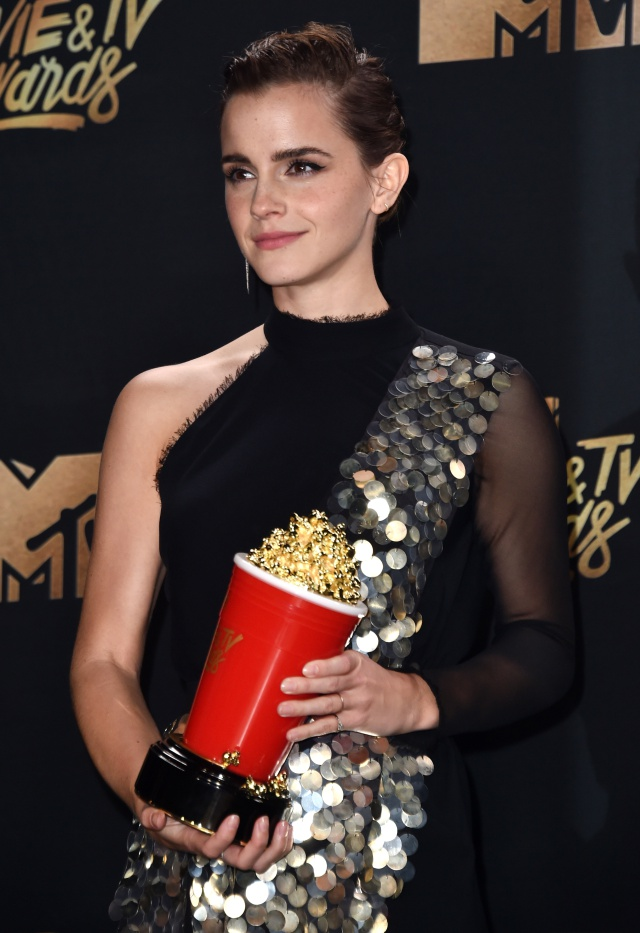 Emma Watson ha ganado en los MTV Movie Awards y es una muy buena noticia