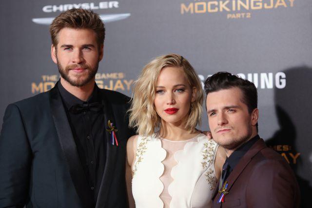 Liam Hemsworth, ennifer Lawrence: Josh Hutcherson cuenta cómo acabó en un club fetichista junto a Liam Hemsworth y Jennifer Lawrence | Moda y Belleza | LOS40
