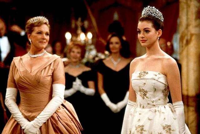 Anne Hathaway Asegura Estar Trabajando En Princesa Por