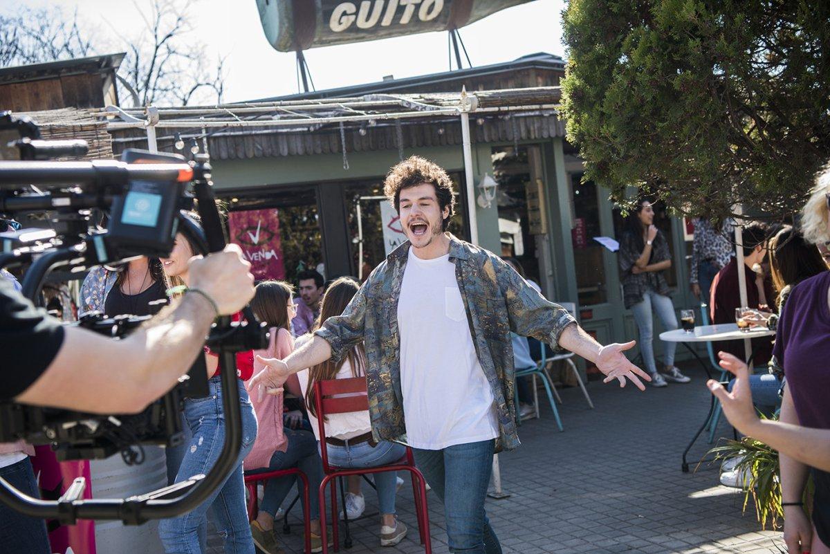 """Miki daje wszystko na pierwszych zdjęciach z teledysku """"La banda"""""""