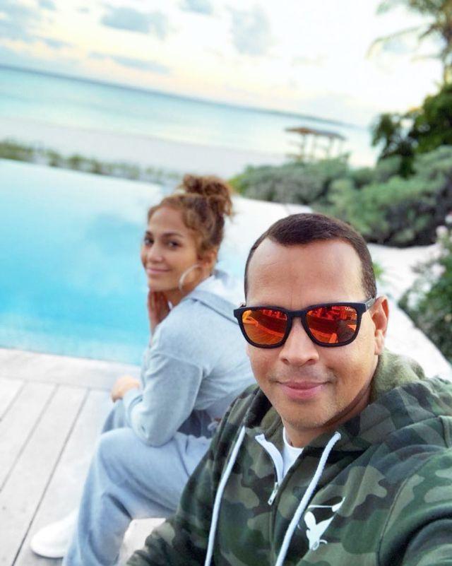 Jennifer Lopez se casa, ya tiene el anillo