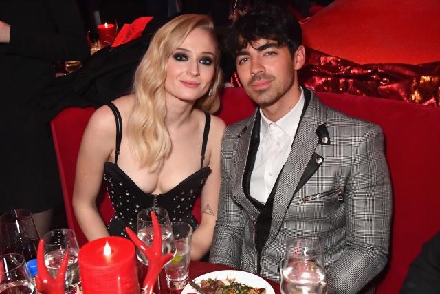 Matrimonio Simbolico Las Vegas : Por qué joe jonas y sophie turner se casaron en las vegas moda