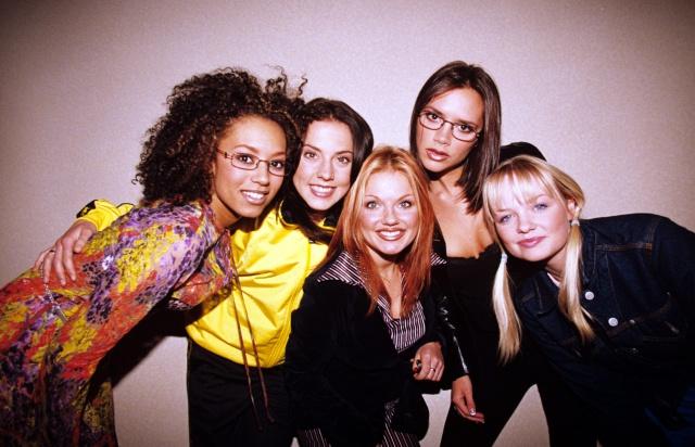 Victoria Beckham lanza un mensaje a las Spice Girls