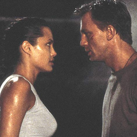El lío de 007 y James Bond que ha salpicado a Lara Croft