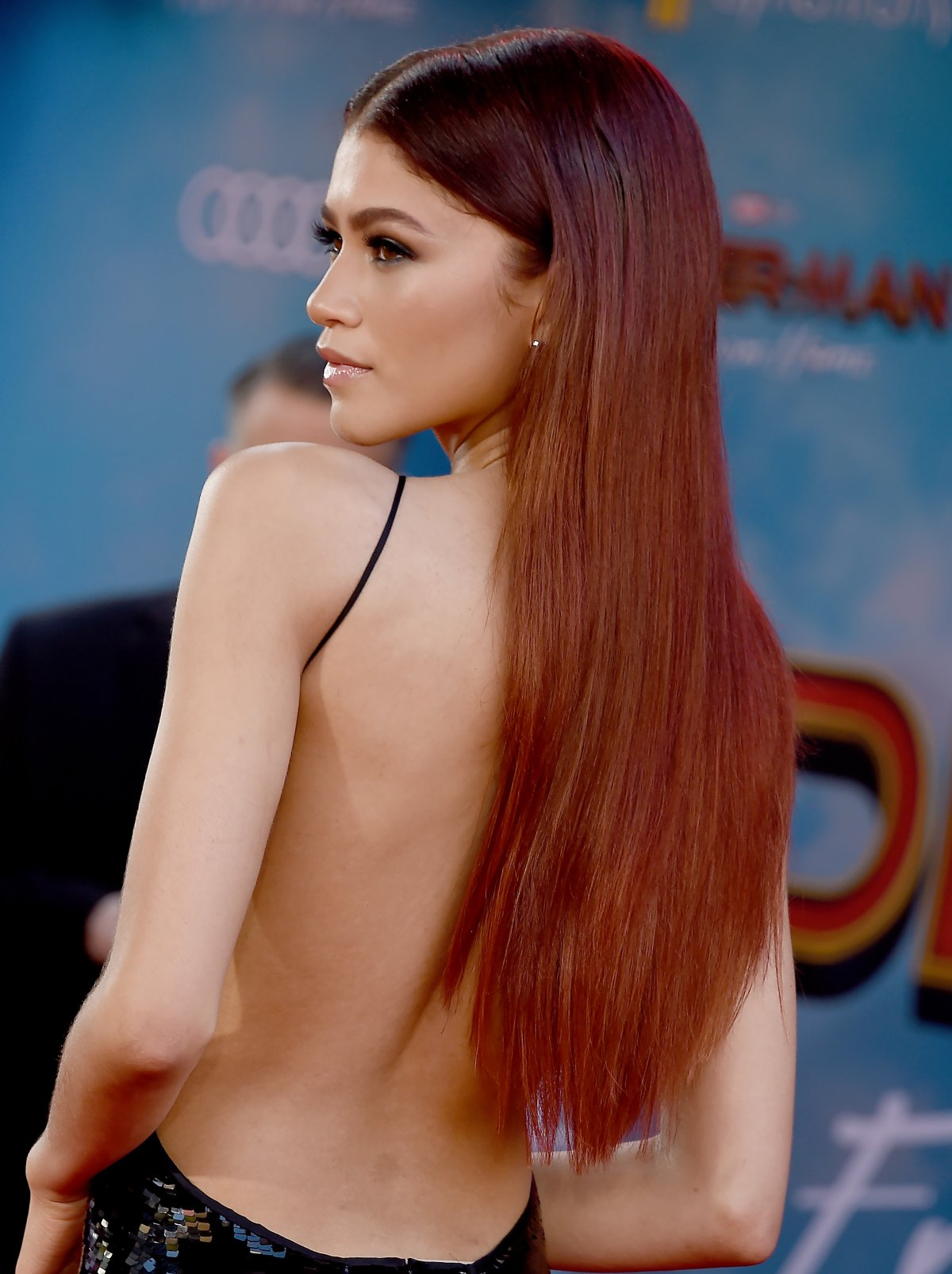 Zendaya, look liso total