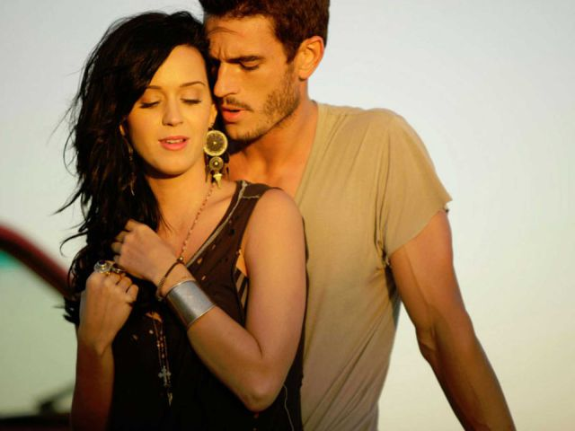 Katy Perry es acusada por acoso sexual por el actor de su videoclip 'Teenage Dream'