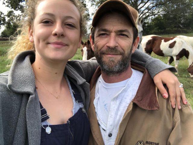 La hija de Luke Perry recuerda a su padre con una divertida foto