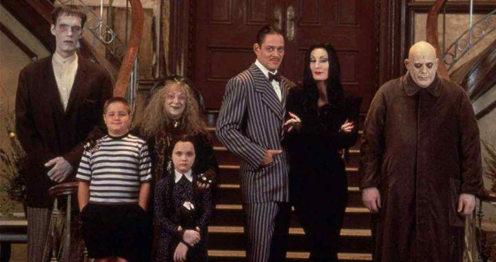 Asi Esta Ahora La Querida Familia Addams De Los Anos 90 Cine Y Television Los40
