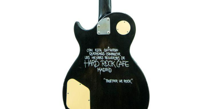 Consigue Una Guitarra Especial Y Una Invitación A La Fiesta De