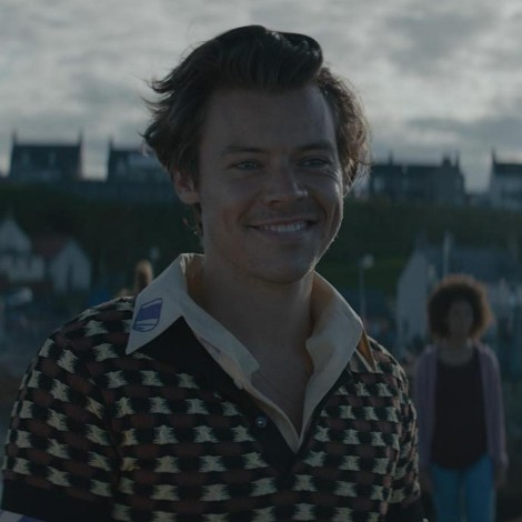 Harry Styles nos invita a su mundo imaginario en Adore You