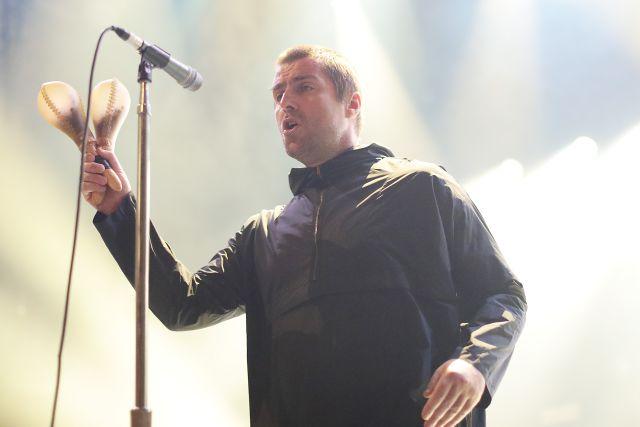 Liam Gallagher pide a su hermano Noel una reunión benéfica de Oasis
