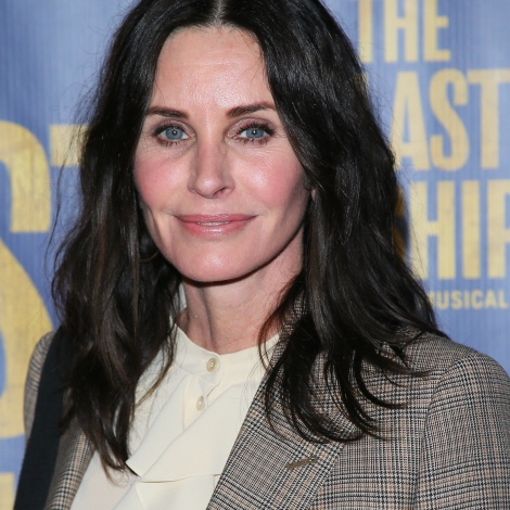 Courteney Cox explica porqué ha vuelto a ver 'Friends'