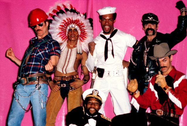 'Go West' de los Village People: cómo pasó de las discotecas gays a ser todo un himno del fútbol