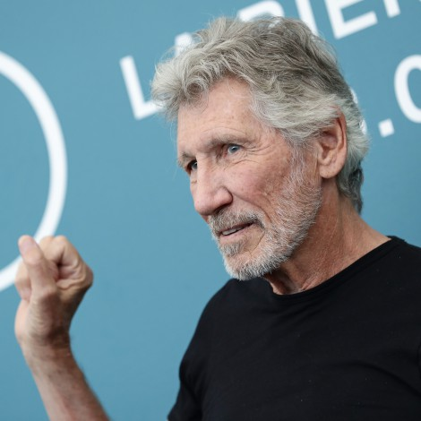 Roger Waters interpreta 'Mother' con su banda desde el confinamiento