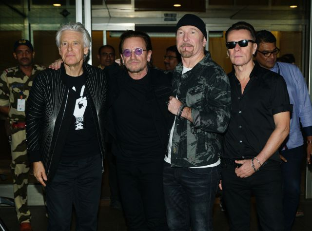 Una canción manuscrita de U2 llega a los 85.000 euros en una subasta solidaria