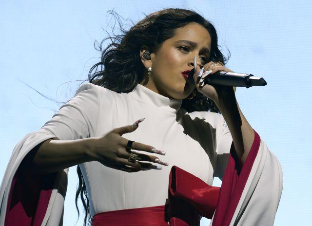 Rosalía enamora al mundo con su versión de 'La Llorona' | Música ...