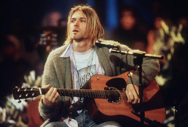 La guitarra que Kurt Cobain usó con Nirvana en el 'MTV Unplugged' ya es la más cara de la historia
