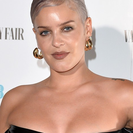Anne-Marie anuncia el segundo single de AM2 a dúo con Doja Cat: To be young
