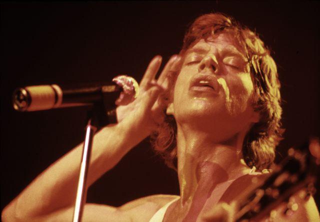 Los Rolling Stones lanzan la canción inédita 'Scarlet' con Jimmy Page