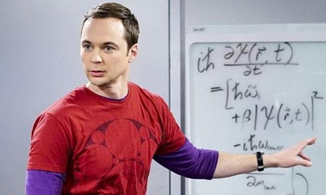 No te creerás la edad real de Jim Parsons (el inolvidable Sheldon de 'The Big Bang Theory')