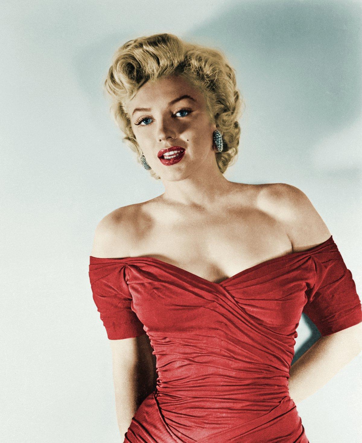 Marilyn Monroe (1926 – 1962) / ¿Sobredosis o asesinato?