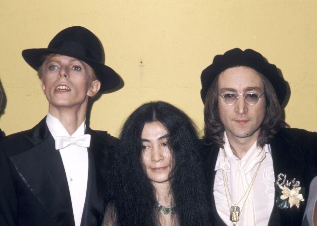 David Bowie estaba seguro de ser el siguiente en la lista del asesino de John Lennon
