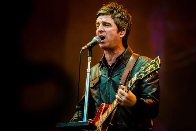 """Noel Gallagher se niega a usar mascarilla: """"Nos están quitando demasiadas libertades"""""""