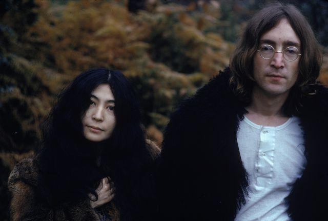 El asesino de John Lennon pide perdón a Yoko Ono cuarenta años después | LOS40 Classic | LOS40