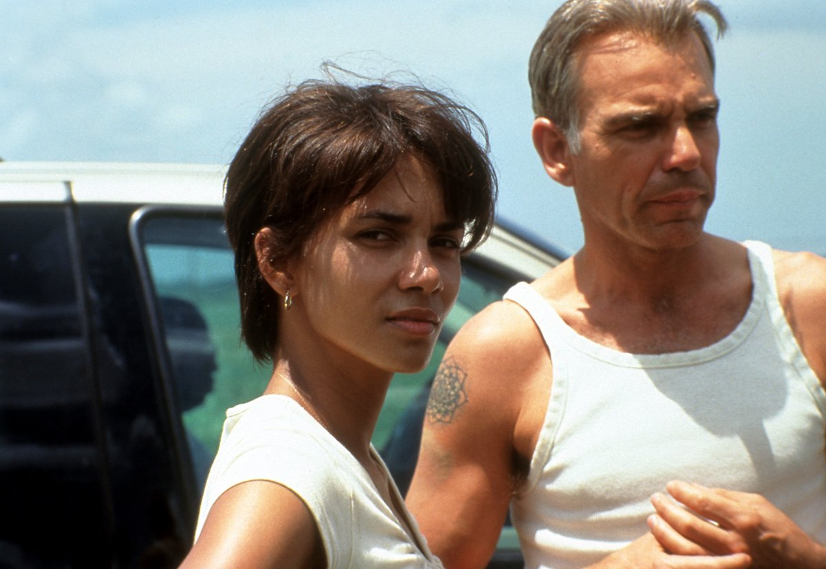 Halle Berry se lo monta con Thornton en 'Monster's Ball'
