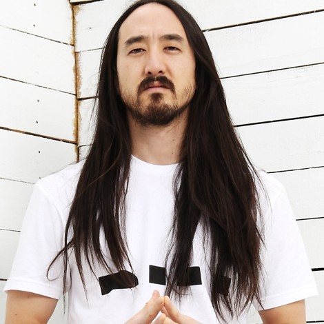 Steve Aoki ficha a Willy William, Sean Paul, El Alfa y más para Mambo