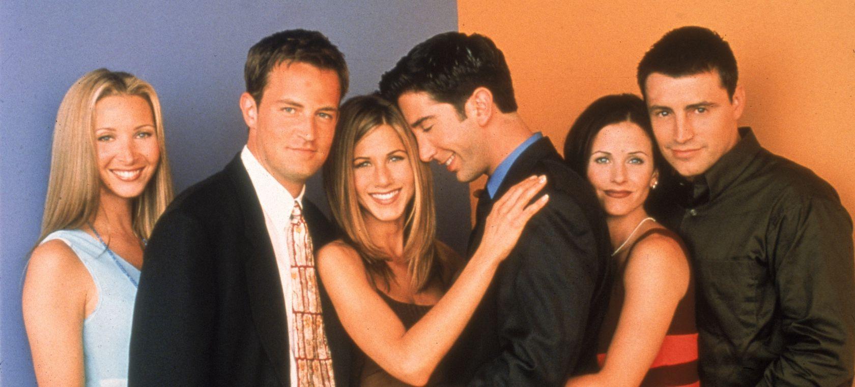 El reparto de 'Friends' se emociona mientras canta 'I'll be there for you'